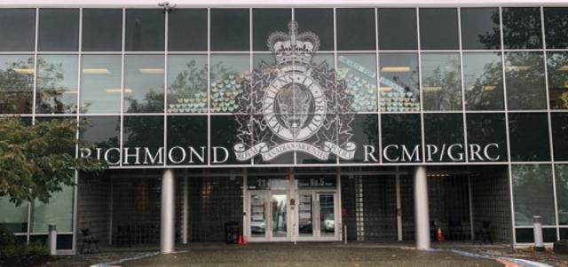 网友记录去RCMP开具无犯罪证明实况